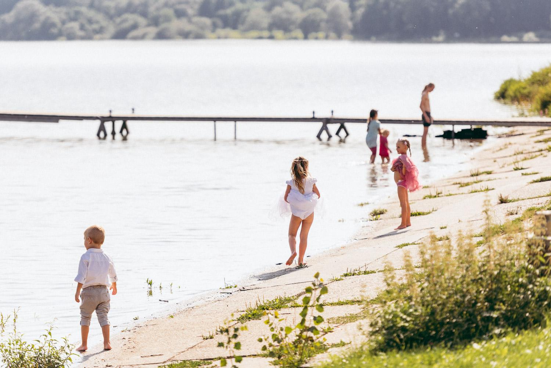 deti pri vode