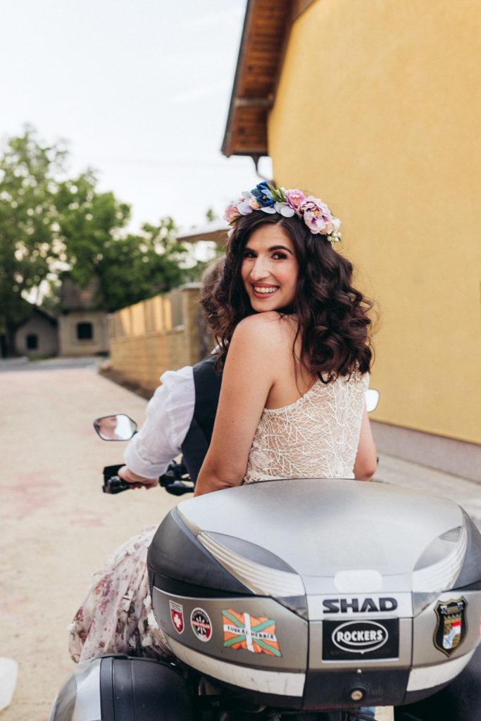 nevesta na motorke