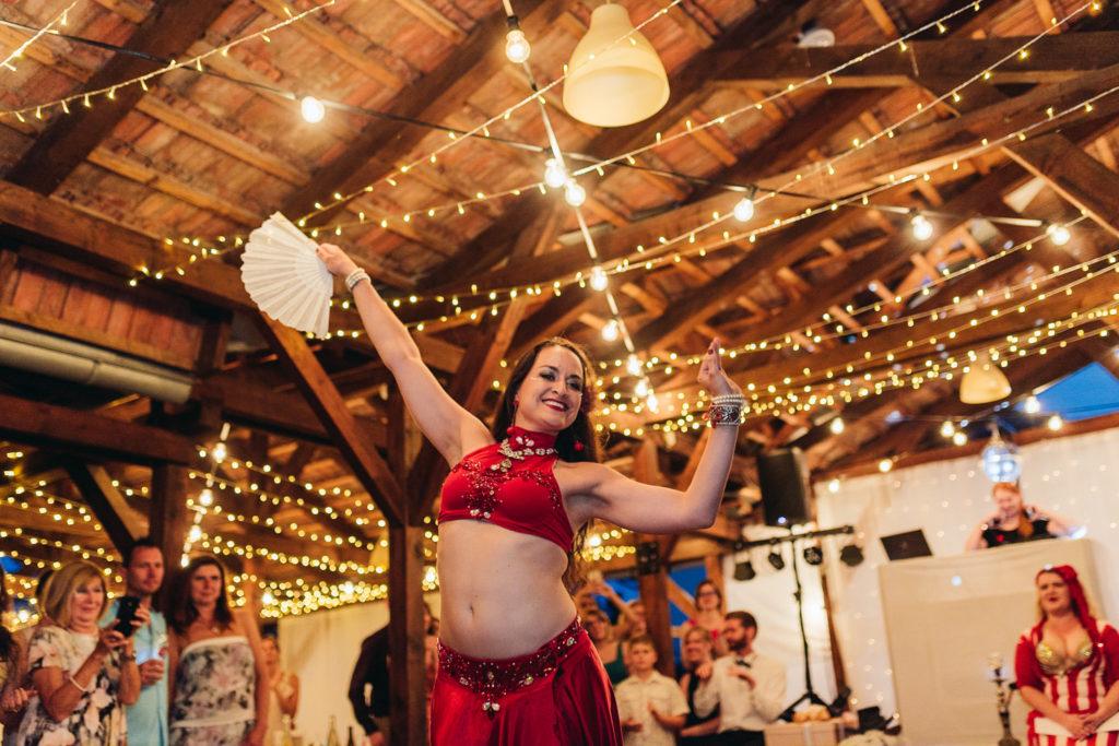 brušná tanečnica